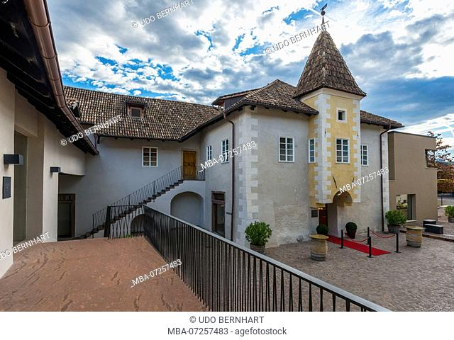 Italy, South Tyrol, Alto Adige, Überetsch, South Tyrol's South, Wine Route, Girlan, Girlan Winery, Cantina of Gerhard Kofler