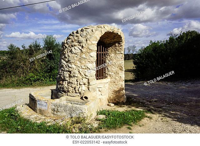 Pou Celat, pozo de origen medieval,Porreres, mallorca,islas baleares, Spain, europa