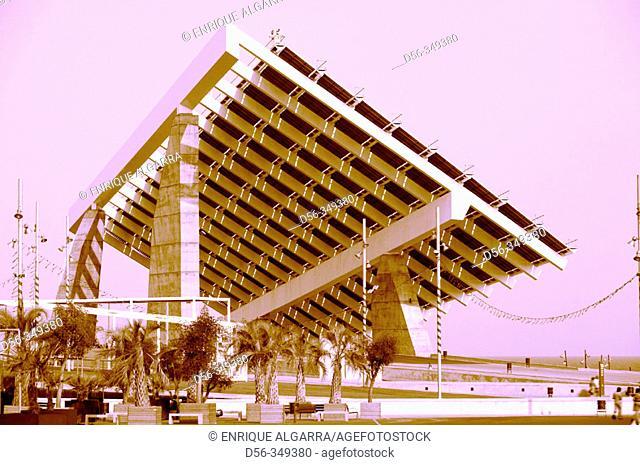 Photovoltaic pergola (3700 m2), Forum 2004. Barcelona. Spain