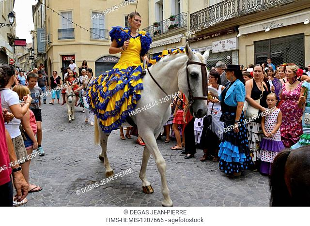 France, Herault, Beziers, annual feria in the streets of the city, parade of the processional procession up to the cathedral Saint Nazaire during Romeria