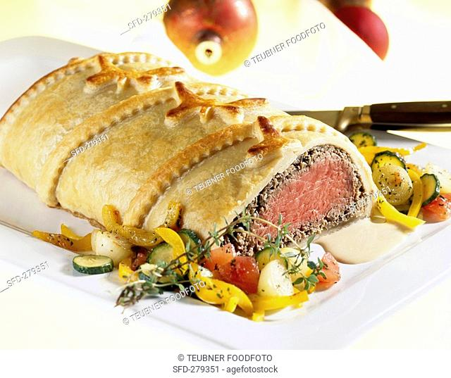 Filet Wellington with mixed vegetables
