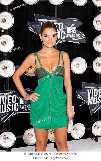 Maria Menounos arrives at the 2011 MTV Video Music Awards at Nokia Theatre L.A. LIVE on August 28, 2011 in Los Angeles, California