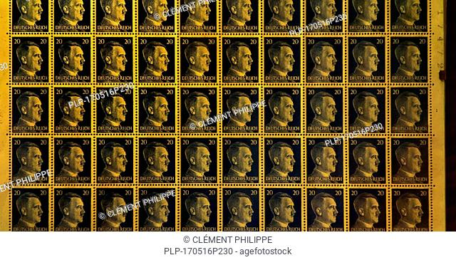 Booklet pane with 20 pfennig stamps of the German Empire 1941/1942 showing profile of Adolph Hitler and Deutsches Reich