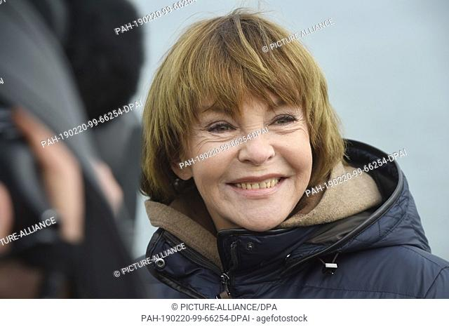 20 February 2019, Mecklenburg-Western Pomerania, Bansin: The actress Katrin Sass as ex prosecutor Karin Lossow, taken at a photo shoot for the new...