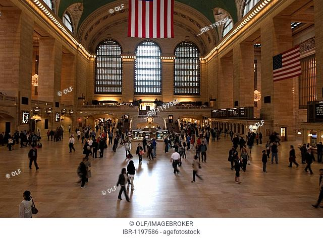 Great hall of Grand Central Station in Manhattan, New York City, USA, North America