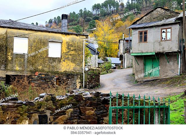 View of a village. Valencia do Sil, Orense, Spain