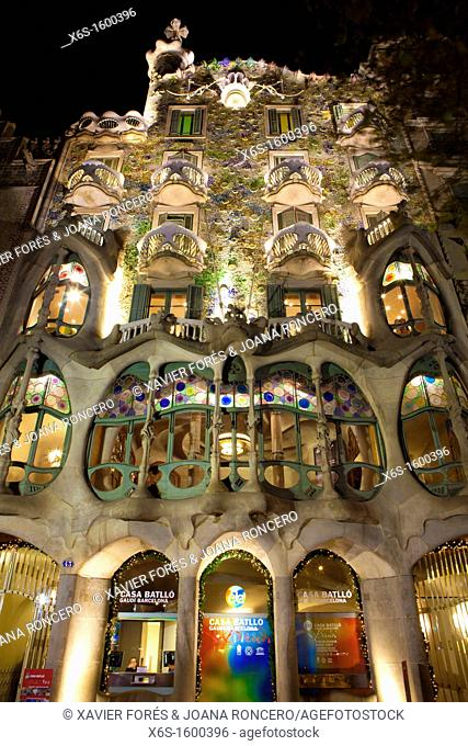 Casa Batlló building from Antoni Gaudi in Passeig de Gràcia avenue, Barcelona, Spain