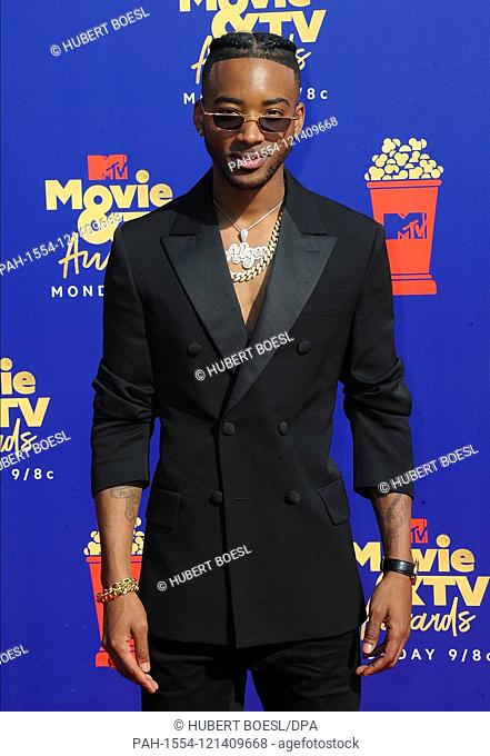 Algee Smith attends the 2019 MTV Movie & TV Awards at Barker Hangar in Los Angeles, USA, on 15 June 2019. | usage worldwide