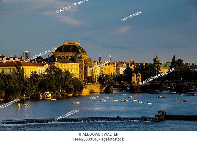 Prague, Smetana quai