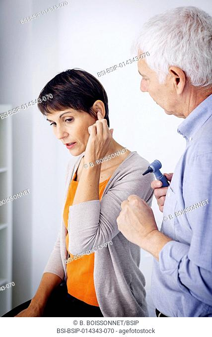 female patient consulting for earache