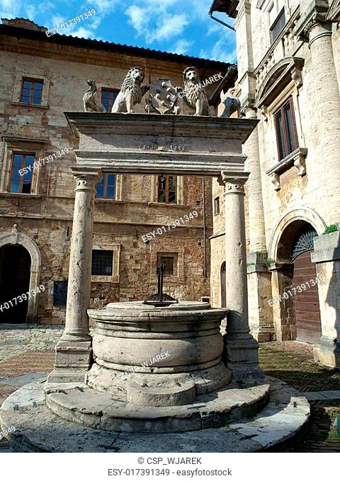 Old well in Piazza Grande - Montepulciano , Tuscany, Italy