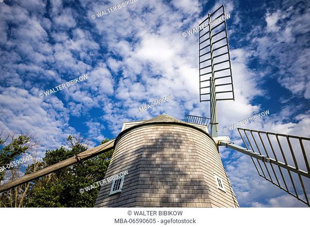 USA, Massachusetts, Cape Cod, Orleans, old windmill