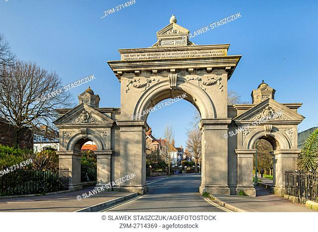 Egremont Gate leading to Queen's Park, Brighton, England