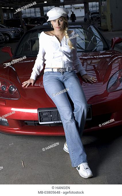 Warehouse Woman Young Sexy Car Cabriolet Cool Carelessly - Cool young cars