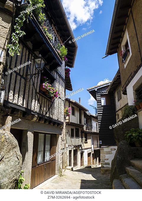 Calle típica de La Alberca. Sierra de Francia. Salamanca. Castilla León. España