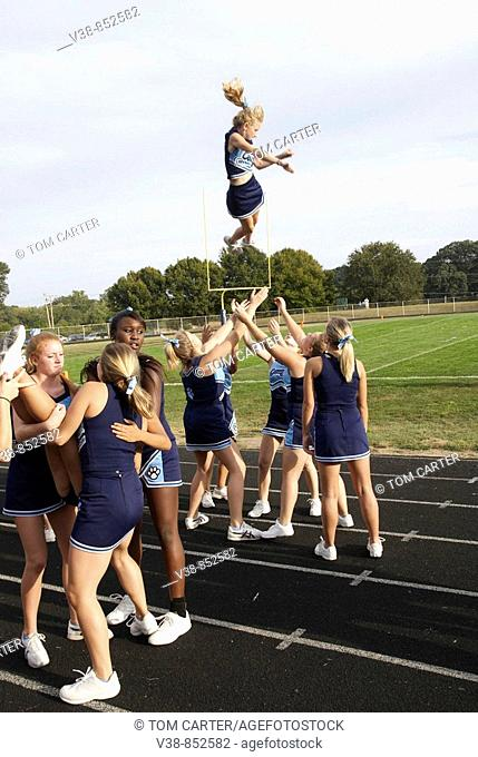 High school cheerleaders  Chesapeake, Md