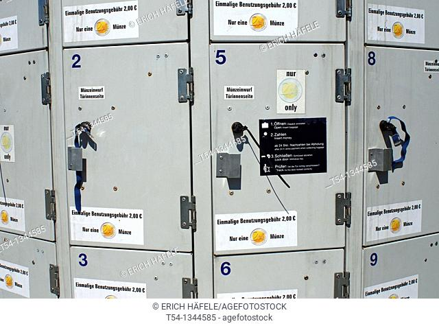 Lockers for hand luggage at Munich in Tollwood Ferstival