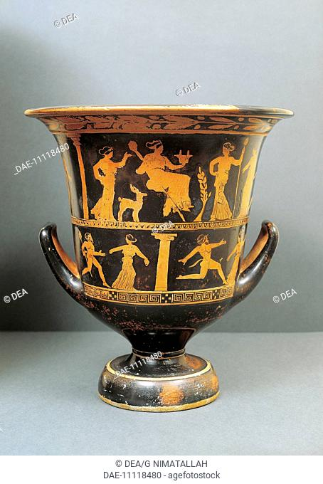 Attic red-figure vase from the Valley of the Temples in Agrigento, Sicily, Italy. Ancient Greek civilization, Magna Graecia, 5th Century BC