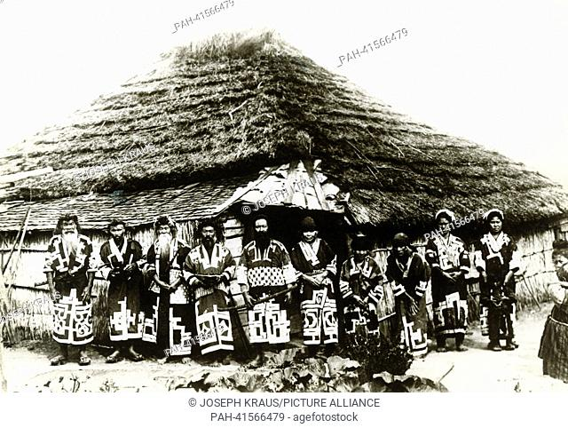 Ainu people on the island of Hokkaido. Pictured in the early 1920th. - /Japan