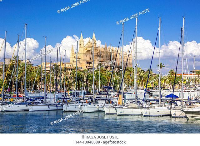 Cathedral, La Seu, Mallorca, Balearics, Palma, architecture, boats, city, history, island, port, reflection, Spain, Europe, touristic, travel, yachts