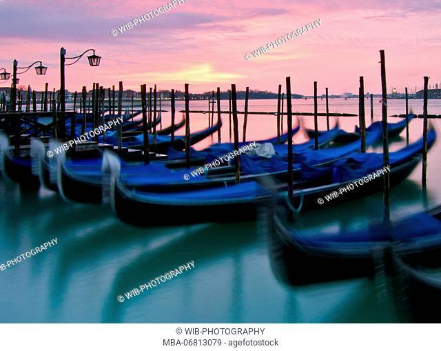Italy, Venice, Riva Degli Schiavoni, gondolas, morning light