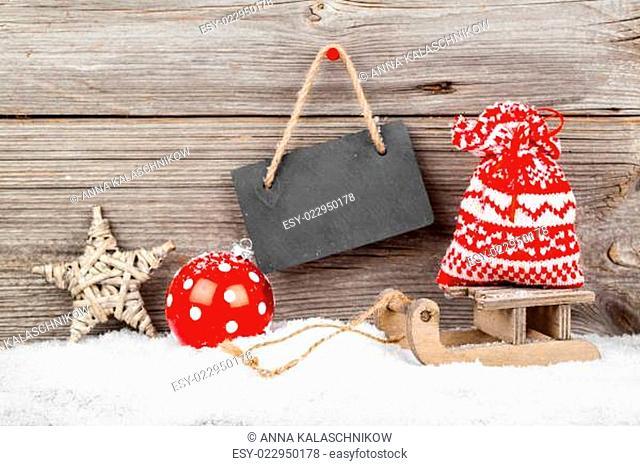 weihnachtsdekoration auf einem hölzernen Hintergrund