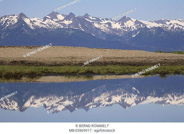 USA, Alaska, coast-landscape, location Eagle Beach, beach, sea, ebb, reflection, Coast Mountains, summers, North America, southeast-Alaska, Inside passage