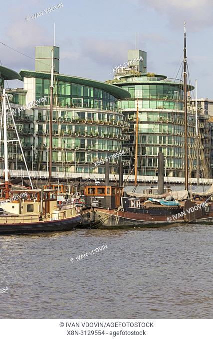 Thames riverbank, London, England, UK