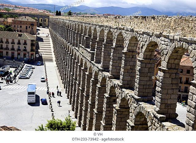 The Roman aqueduct and castle, Segovia, Castile-Leon, Spain, Europe