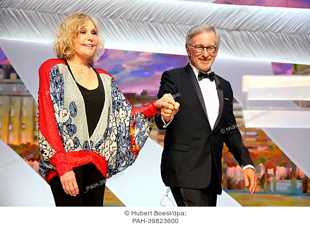 Actress Kim Novak and jury president Steven Spielberg attend the closing ceremony during the 66th Cannes International Film Festival at Palais des Festivals in...