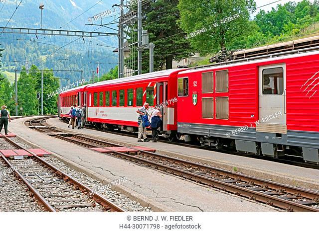 Bahnhofstrasse, Bahnhof, Matterhorn Gotthard Bahn