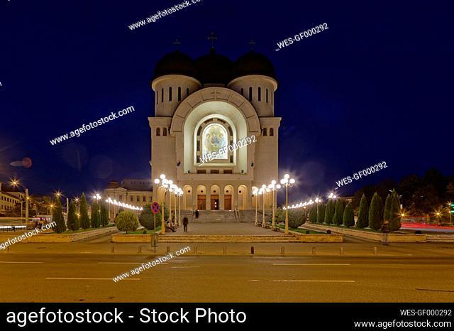 Rumania, Crisana, Arad, Orthodox Cathedral at night