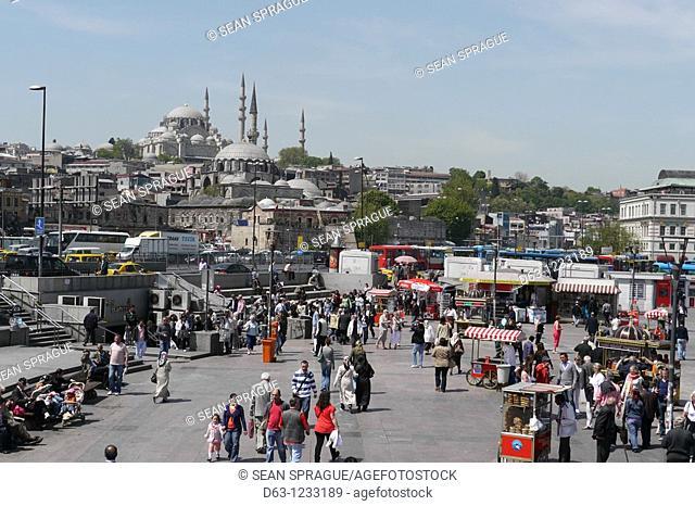 TURKEY  Crowds near the Yeni Mosque, Istanbul