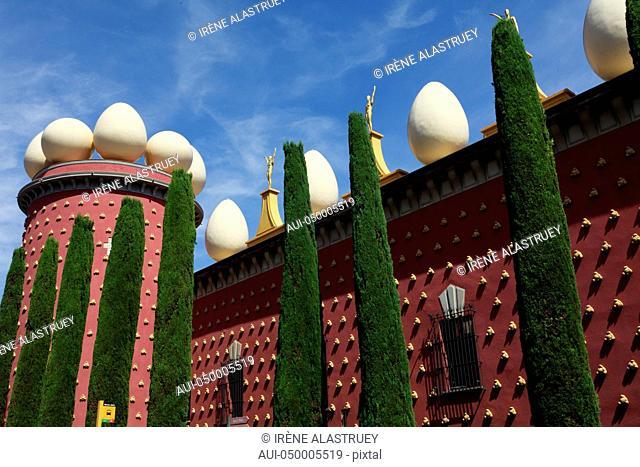Spain - Costa Brava - Teatre-Museu Gala Salvador Dalí