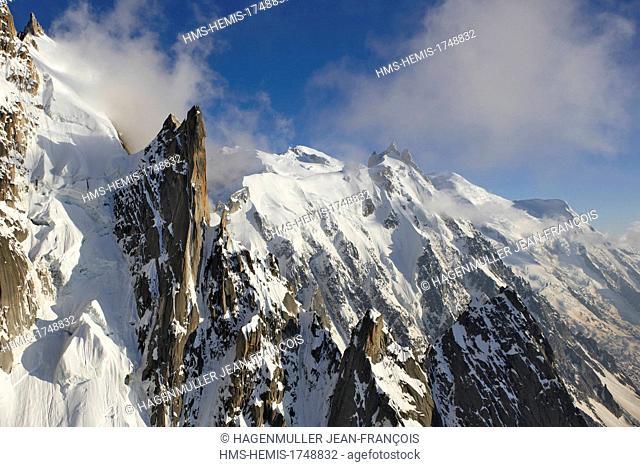 France, Haute Savoie, Chamonix Mont Blanc, Mont Blanc (4810m) and the Aguille du Midi (3842m) at sunrise