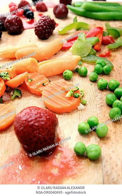 Close-up of fresh fruits and vegetables plate
