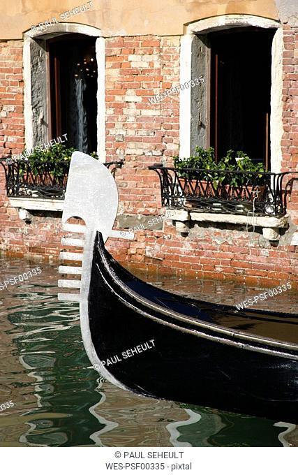 Italy, Venice, Gondola, Bow decoration