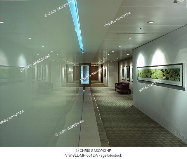 MCGRAW HILL OFFICES, 20 CANADA SQUARE, LONDON, E14 POPLAR, UK, BOVIS LENDLEASE LTD, INTERIOR, CORRIDOR