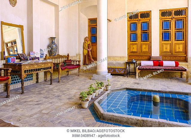 Courtyard in an hotel. Kashan. Iran, Asia