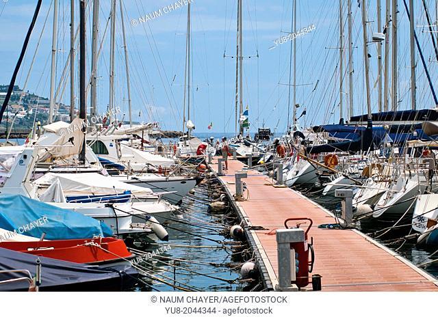 Yacht club, Mooring line, San Remo, Italy
