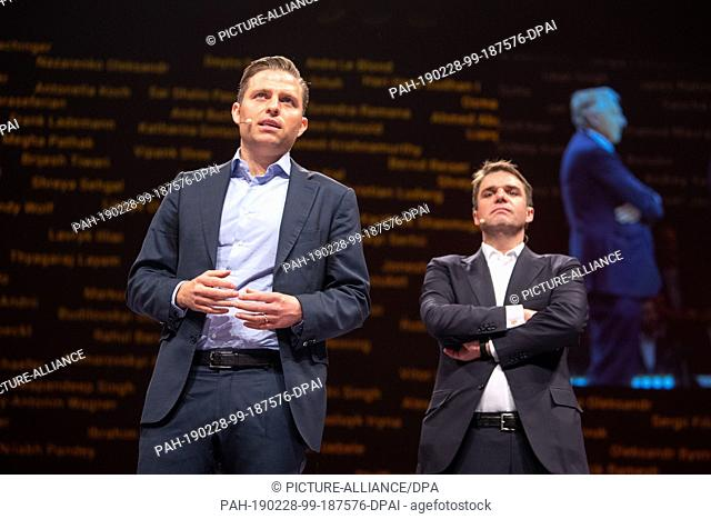 28 February 2019, Bavaria, München: Konstantin Sixt (l), member of the board of the car rental company Sixt, speaks at the presentation of a new mobility...