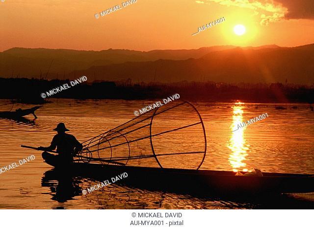 Myanmar - Inle Lake - Intha Fisherman