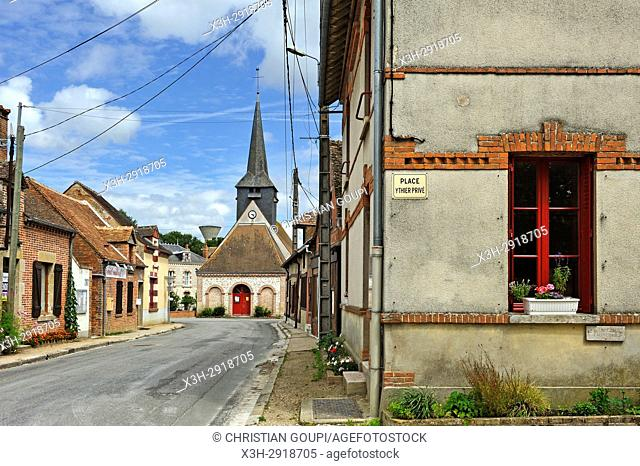 St-Martin church in the center of the village of Vannes-sur-Cosson in Sologne, Loiret department, Centre-Val de Loire region, France, Europe
