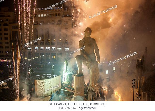 Crema, burning, Falla of Plaza del Ayuntamiento and fireworks,Fallas festival,Valencia,Spain