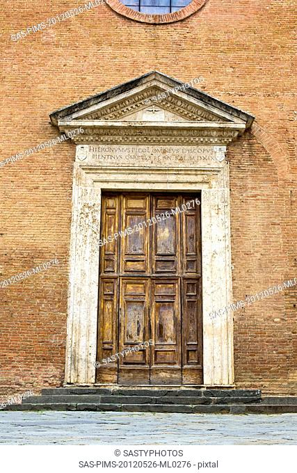Closed door of a building, Siena, Siena Province, Tuscany, Italy