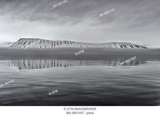 Hinlopen Strait, Spitsbergen Island, Svalbard Archipelago, Norway