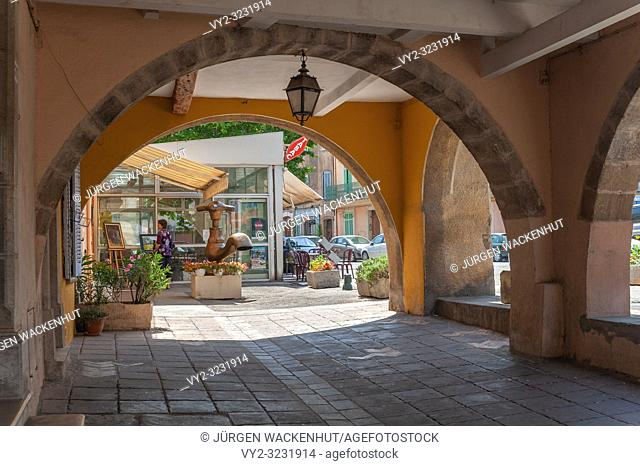 Arcades in the historic old town, Roquebrune-sur-Argens, Var, Provence-Alpes-Cote d`Azur, France, Europe