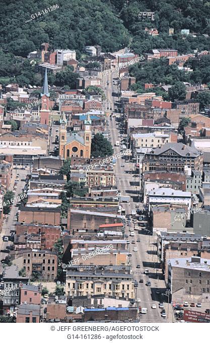 Pine Street, view from Carew Tower. Cincinnati. Ohio. USA