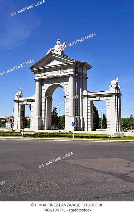 Puerta de San Vicente 1726, Glorieta de San Vicente, Madrid, Spain