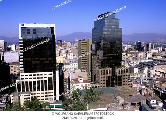 CHILE, SANTIAGO, DOWNTOWN, VIEW OF CITY FROM SANTA LUCIA PARK